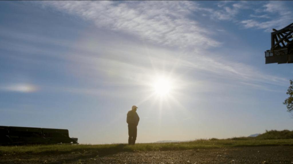 montana-farmer-solitude