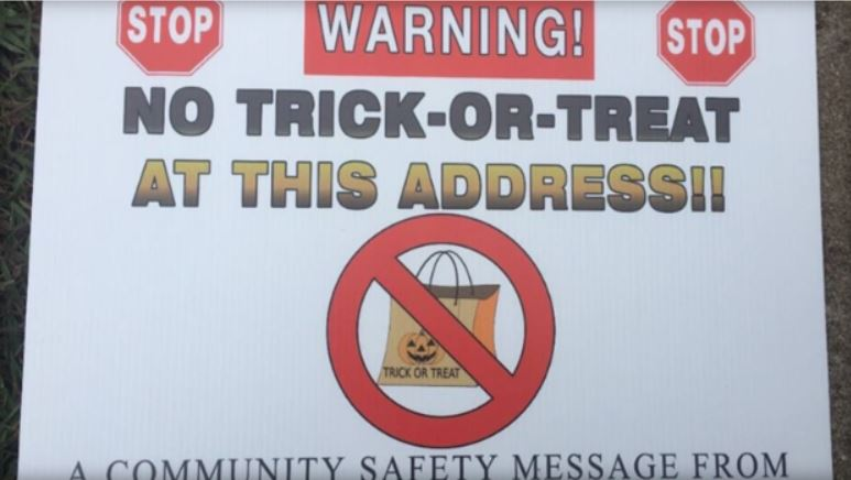 no trick-or-treat signs